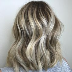 #lecoloriste #cheveux #roux #hair #hairpainted Makeup 101, Hair Makeup, Girly Stuff, Girly Things, Hair Today, Cut And Color, Hair Colors, Graphite, Hair Goals