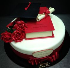 so what time i should come januu Graduation Cake Designs, College Graduation Cakes, Graduation Cupcakes, Graduation Party Decor, Fondant Cakes, Cupcake Cakes, Cake Paris, Present Cake, Bithday Cake
