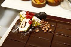 Tamarind Restaurant, Stylish Interior, Delicious Food, Pudding, Desserts, Pictures, Tailgate Desserts, Photos, Deserts