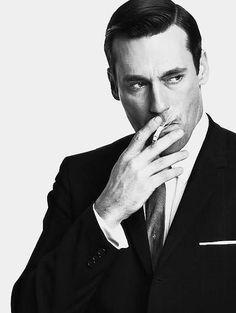 No intentes fumar así. Sólo puede hacerlo él.