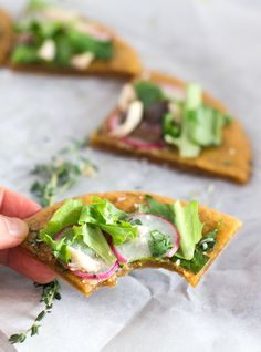 Delicious 4 Ingredient #Paleo Flatbread - so easy to make & add your favorite toppings