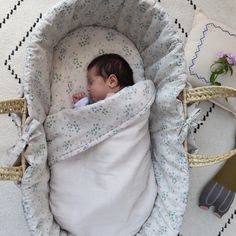 sweet dreams for our little ones in the minako cornflower moses bedding set by Camomile London. Baby Doll Nursery, Baby Dolls, Moses Basket Bedding, Sweet Dreams, Bassinet, Bedding Sets, Little Ones, Kids Room, Blanket