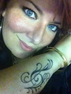 Love this G clef F clef on my mic arm.... Clef, Arms, Rings, Jewelry, Fashion, Tattoos, Jewellery Making, Moda, Jewellery