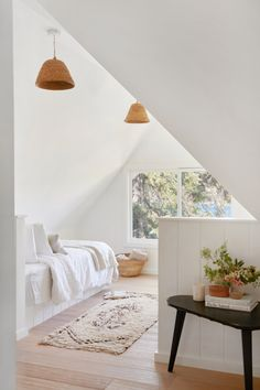 Kid's Bedroom Elegant White - Dreamy Room - Future House - Ideas for the Future Attic Rooms, Attic Spaces, Open Spaces, Home Renovation, House Ideas, House Rooms, Living Rooms, Minimalist Home, Decoration