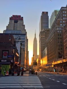 Morning sun at 34th St by Gigi Altarejos @gigi_nyc by newyorkcityfeelings.com - The Best Photos and Videos of New York City including the Statue of Liberty Brooklyn Bridge Central Park Empire State Building Chrysler Building and other popular New York places and attractions.