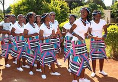 Venda Language - Venda is also known as Luvenda or Tshivenda, and originated from the Bantu language. Interestingly, it is also related to Niger and . African Print Dress Designs, African Print Dresses, African Print Fashion, Africa Fashion, African Dress, African Prints, Venda Traditional Attire, Traditional Wedding Attire, Traditional Fashion