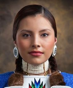 indigenous north americans, what can native american culture instruct us regarding survival as well as household worths American Indian Girl, Native American Girls, Native American Beauty, Native American Photos, Native American Tribes, Native American History, American Indians, American Symbols, American Art