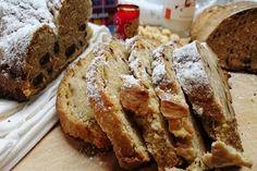 A pesar de poder comprar el pan en cualquier esquina de tu casa, hoy quiero enseñarte a preparar un pan dulce casero, también es conocido como pan de navidad. Aunque…