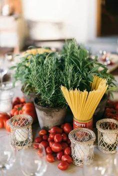 Il Borro Tuscany Wedding Soaked in Florals Italian Lunch, Italian Night, Italian Table, Italian Garden, Dinner Party Decorations, Dinner Themes, Dinner Party Menu, Italian Themed Parties, Dinner Is Served