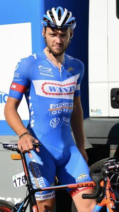 Cycling Lycra, Men's Cycling, Cycling Outfit, Cycling Clothes, Bike Wear, Wetsuit, Sports, Cyclists, Swimwear