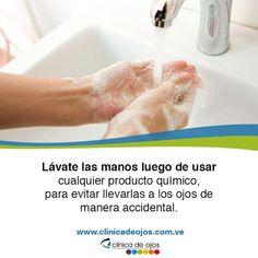 Otra de las medidas que debes tomar en cuenta cuando manipules productos químicos es la de lavar tus manos luego de utilizarlos. ¡Estos podrían causar graves lesiones en tus ojos!