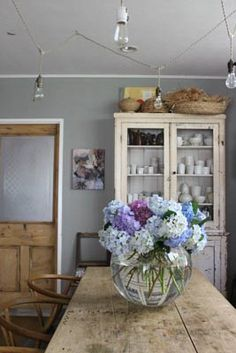 Interior Styling, Interior Design, Shabby Chic Interiors, Swedish House, White Rooms, Home Decor Kitchen, Masaki, Cottage Style, Great Rooms