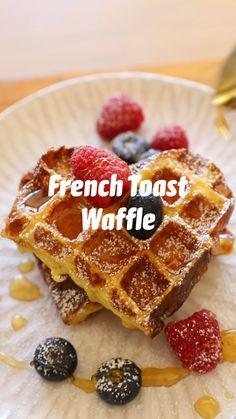 French Toast Waffles, Breakfast Waffles, Sweet Breakfast, Breakfast Dessert, Breakfast For Kids, Breakfast Dishes, Breakfast Recipes, French Toast Recipes, Brunch Recipes