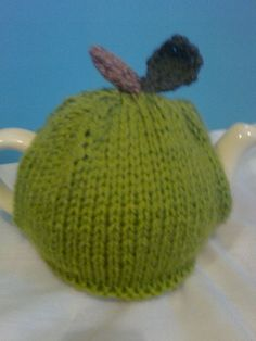 Knitted Apple Tea Cosy