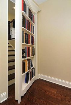 Ii only really like the secret door.I'd like to see what is behind it SECRET DOOR – Psst! 5 Hidden Storage Tactics That No One Ever Saw Coming Redo Stairs, Attic Stairs, Attic Floor, Attic Ladder, Tiny Homes, New Homes, Traditional Staircase, Bookcase Door, Secret Door Bookshelf