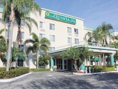 Fort Lauderdale (FL) La Quinta Inn & Suites Sunrise Sawgrass Mills United States, North America The 3-star La Quinta Inn & Suites Sunrise Sawgrass Mills offers comfort and convenience whether you're on business or holiday in Fort Lauderdale (FL). Both business travelers and tourists can enjoy the hotel's facilities and services. Facilities like free Wi-Fi in all rooms, 24-hour front desk, meeting facilities, family room, laundry service are readily available for you to enjoy. ...