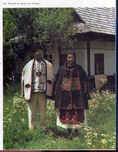 Huedin (Apuseni), Cluj, Transilvania Folk Costume, Costumes, Romania, Ethnic, The Incredibles, Traditional, Men, Roots, Beauty