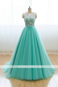 Custom Elegant White Lace High neck Mint Green Tulle A von Everisa