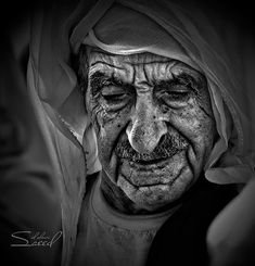Faces of Old People in Black and White Photography | InspireFirst