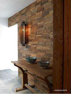 Proyecto aculeo interior de quincho living comedor y bar for Paredes de madera interior casa