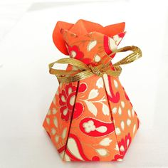 Best seller- Bloom Box is ideal for small gifts and sweets! Discount for late orders- get them in time for your Diwali party!