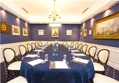 #London-Army and Navy Club: http://images.venuedirectory.com/images/VenuesRoomsTVD/42285/image1.jpg - Overlooking this #venue, it can accommodate small, intimate occasions as well as larger #events (up to 200 #delegates) in London's Mayfair.