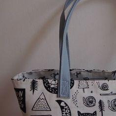 LOCHTA (@lochta_baraknezinkova) • Fotky a videa na Instagramu Michael Kors Jet Set, Tote Bag, Bags, Instagram, Handbags, Tote Bags, Totes, Lv Bags, Hand Bags