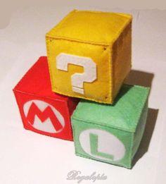 Super Mario Bros Cubes / Cubos Super Mario Bros, Regalopia €4.00  https://www.etsy.com/es/listing/126098148/cubos-super-mario-bros #supermariobros #mario #luigi #nintendo #videogames #videojuegos
