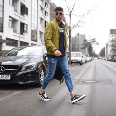 Style by @_donthiago_ Yes or no? Follow @mensfashion_guide for dope fashion posts! #mensguides #mensfashion_guide