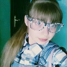 В очках(нулевые)