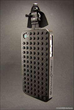 Now if I had an iPhone, this is the case I'd have! LEGO!