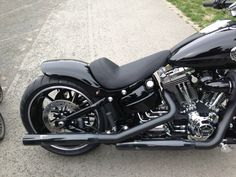 Milwaukee V-Twin Forum - Community & Infos über Harley-Davidson - Softail Break Out 2013