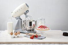Le robot culinaire SMEG au design rétro et élégant