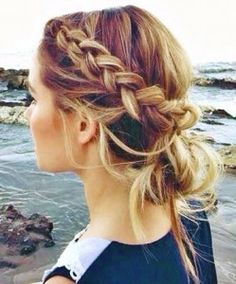 House of Ollichon loves...5 Cute Hairstyles for Your Bed Head Locks. #bridetobe #weddinghair #weddingmakeup