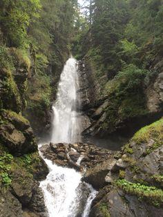 Wasserfall Weg in See! Water, Outdoor, Waterfall, Gripe Water, Outdoors, Outdoor Games, Outdoor Living