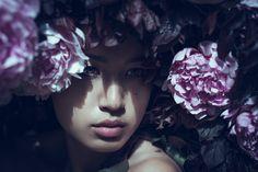 Photographer: Marina Schneider-Moog - MSM-FotografieFlowers: Das Blumenmädchen - Stephanie SchneiderModel: Jasmin Quan