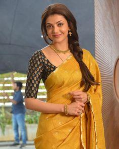 Kajal Agarwal in a Beautiful Yellow Saree. Saree Blouse Neck Designs, Saree Blouse Patterns, Bridal Blouse Designs, Trendy Sarees, Stylish Sarees, Simple Sarees, Indian Designer Outfits, Indian Outfits, Kaftan