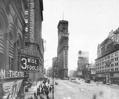 1920 Times Square