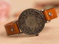 Fashion Vintage Style Women Watch