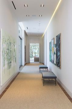 Home on Holmby Hills by Quinn Architects (44) baseboards