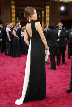Olivia Wilde Oscars 2014 | Valentino. She is the best dressed pregnant woman I've ever seen!