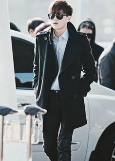 A story based on Kris and Suho from EXO! Suho Exo, Exo K, Korean Airport Fashion, 5 Years With Exo, Kim Joon Myeon, Korean Celebrities, Celebs, Exo Members, Kpop Fashion