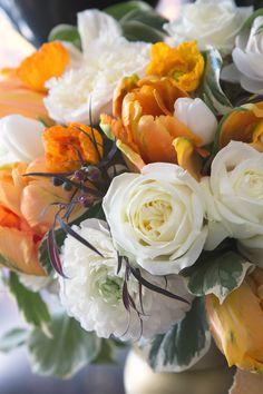 Love Flowers, My Flower, Fresh Flowers, Flower Power, Wedding Flowers, Diy Tassel, Topaz Color, Rose Wallpaper, Flower Quotes