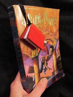 TUTORIAL: Mini-Book Bookmark (image heavy!) - PAPER CRAFTS, SCRAPBOOKING & ATCs (ARTIST TRADING CARDS)