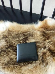 Bruno is raising funds for p WALLET on Kickstarter! The first RFID fraud protection wallet with a money clip, separate bill compartment and a credit card slot on the back for fast payment Money Clip, Separate, Slot, Wallet, Pull Apart, Money Clips, Purses, Diy Wallet, Purse