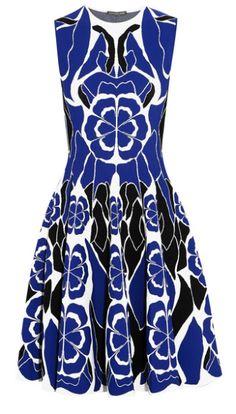 Robe en jacquard blanc à fleurs bleu et noir, Alexander McQueen