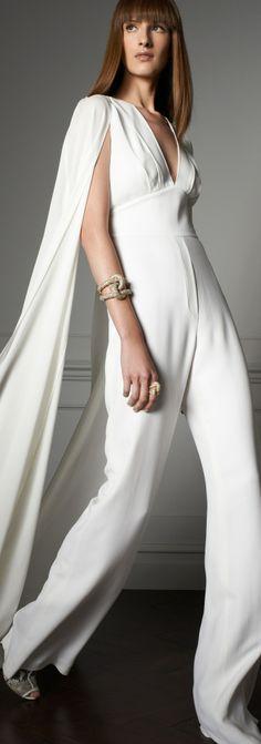 Elie Saab Resort 2014 Fashion Show Dior Couture, Couture Fashion, Runway Fashion, Fashion Show, Fashion Tips, Elie Saab, Wedding Jumpsuit, Cape Dress, White Chiffon