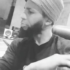 @Regrann from @pompeyproductions -  Writing to this one...stay tuned.. #musicbusiness #music #yepyep #PompeyProductions #xrostudios #logic #studio #studiolife #producer #musicproducer #recording #mixing #mastering #logicx #logicpro #logicprox #protools #audio #songwriter#MMV #BIGLIFE - #regrann