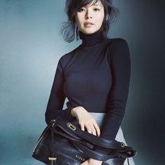 야노 시호(일본어: 矢野 志保 やの しほ, 1976년 6월 6일 ~ )는 일본의 패션 모델이다. 시가 현 구사쓰 시 출신이다. 일본에서는 SHIHO라는 예명으로 활동한다.