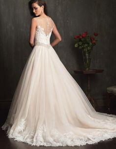 gorgeous back on princess wedding dress